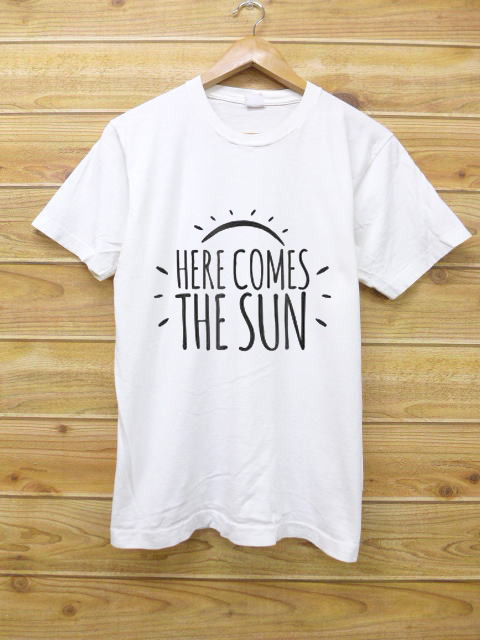 says here comes the sun and is the perfect t shirt